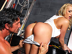 Alanah Rae makes her debut on Big Wet Butts and we guarantee you that this is a scene for the ages. Alanah's ass is the Holy Grail of porn with very few, if any, allowed to gorge themselves on its anal goodness. Tommy Gunn can now call himself one of the chosen ones as he gets his chance to tear her tight little asshole wipe open in this full, all-out anal assault!video