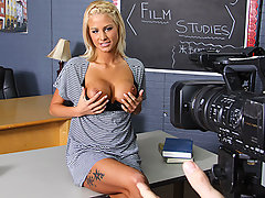 A sexy student and wannabe porn star with artistic leanings hands in a porno film for her Film Class. When the Tutor asked his students to put themselves into their work, he wasn\'t expecting beaver shots! While Johnny isn\'t shocked by Jessica\'s explicit movie, he isn\'t exactly impressed either. He admits that Jessicas\'s tits are nice, but says they can\'t compensate for the shitty lighting or her bullshit pretentious vision. If she wants to do porn, he\'ll show her how to do it right! If she lets teacher help her become a true auteur, maybe her tits will get her top marks after all.video