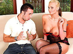 Phoenix Marie is trying to relax bu...