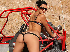 Presley is in Las Vegas to ride some dune buggies and give Keiran the best blow-jay ever. This is the first time these two work together, so let\\\'s hope things go a little further than a B.J. This ain\\\'t high school.video