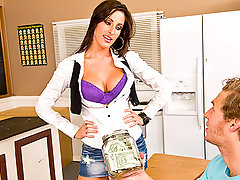 "In the home economy class, Every student is presenting a small business project and the one who makes the biggest profit will get the higher qualification. Kortney, with the help of Mr. Vegas, will try to sell some homemade cookies. Do you think her massive double ""D"" breast would help her out there ?video"