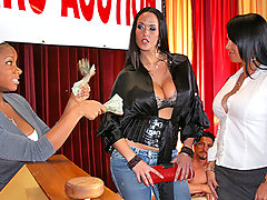 Carmella didn\'t have enough money to win the Big Cock Auction but she had to get Tommy Gunn\'s cock no matter what! So she made an alliance with fellow big cock lover Mariah and they both shared the cock! Tommy gave these two gorgeous big cock lovers such a banging it was worth every penny!!video
