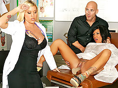 Johnny has a big problem pleasuring his wife Mason that he always puts her vagina in danger because he plays with it to hard. After injuring Mason with a dildo he rushes her to the hospital to get treated by a gynecologist called Dr Memphis Monroe, who not only helps her relieve her pain but gives Johnny a complete vagina pleasuring lesson.video