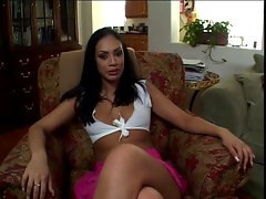 Hottie latina siren Ice La Fox stripping and playing with her divine melonsvideo