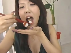Asian amateur sucking several cocks and enjoying it. She also gets to experience getting fucked in both her ass and pussy.video