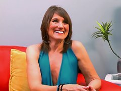 Getting To know Donna Davidsonvideo