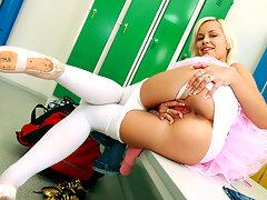 Blonde ballet bombshellvideo