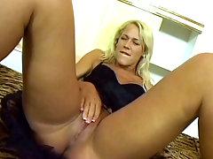 Dildo Sharing Lesbianvideo