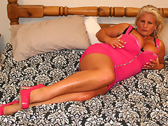 Big titted blonde mama getting naughtyvideo
