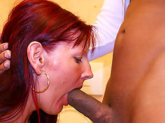 Deep throat cock sucking on a public toiletvideo