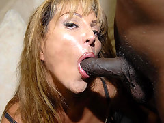 Yhis kinky mama loves those two black cocksvideo