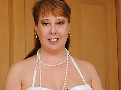 Horny British housewife pleasing herselfvideo