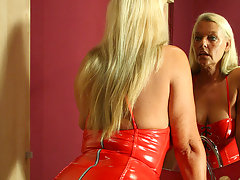 Blonde housewife Tia loves playing with her toyvideo