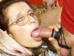 Granny loves getting fucked on her couchvideo