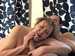 This horny kitchen queen gets the fuck of a lifetimevideo