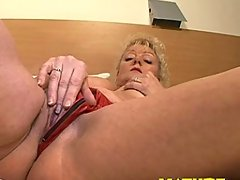 She loves drilling her clit to a highlightvideo