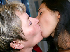 Old and young lesbos get really kinkyvideo