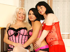 Three naughty old and young lesbians having a ballvideo
