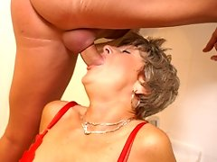 With her red panyties on mommy gets fucked on a public toiletvideo