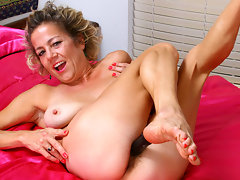 Lonely mature housewife in extreme pleasure while masturbating her hairy pussy in the bathtub and on her bedvideo