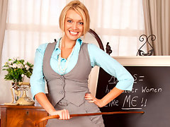 Anilos Amber Jayne slips off her office attire and finger bangs her moist pussyvideo