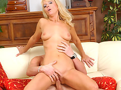 Anilos merilyn rides the cock of some lucky young stallionvideo