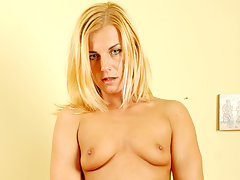 Anilos babe stuffs three fingers deep in her overheating pussyvideo
