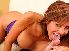 Cum hungry cougar sucks and fucks a lucky guy at Anilosvideo
