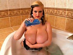 Boobs & Bubblesvideo