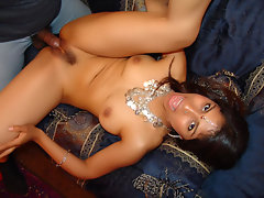 Mehla here is a fine looking Indian model that loves nothing more than to have a big cock sliding in and out of her hairy muff. We have this video of Mehla naked and spreading her thighs wide while a big cock penetrates her coot.video