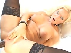 lex on blondes 2 scene 2video