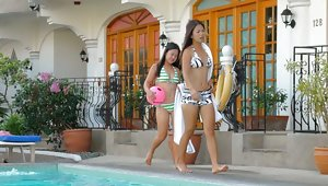 Two horny Filipina sisters share white cock togethervideo